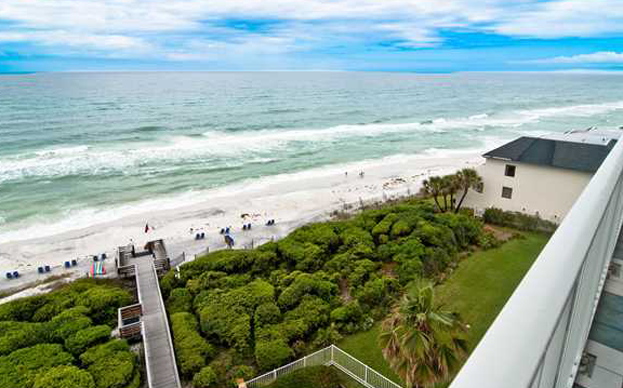 Gulf Front Boutique Condominium with Spectacular Views!